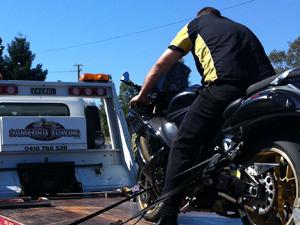 samford-motorbike-towing